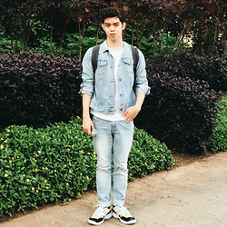 Michael Fernandez - Gap Denim Jacket, Uniqlo Pants - Denim on denim