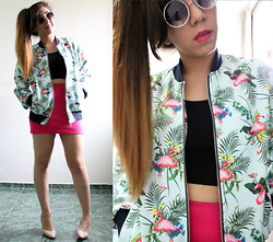 Karen Cardiel - Zara Flamingo Varsity Jacket, Vintage Pumps, Circular Sunglasses, Pony Tail, Black Crop Top - FLAMINGO