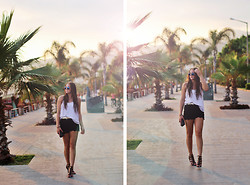 Emelia Gunnarsson - Bikbok Top, Lace Shorts, Nelly Hells - Evening by the palms