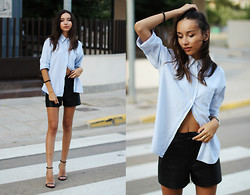 Bea G - Shirt, Shorts, Sandals - Unbuttoned