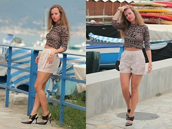 Rimanere Nella Memoria - H&M Shorts - Crop Shirt & High Waist Shorts