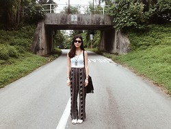 Fong Xinhui - Forever 21 White Crop, Forever 21 Boho Flare Pants, Asos White Sandals, Lovisa Boho Necklace - Birthday outfit