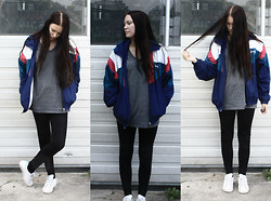 Anne Sofie JN - Thrifted Wind Breaker, H&M T Shirt (Boy Section), Leggings, Nike Shoes - Breaking The Wind