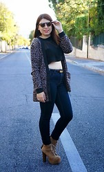 Manon S - Sandro Cropped Top, Ltb Cardigan, Jeffrey Campbell Lita Shoes, Noisy May Jeans - September look