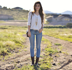 Shelly Stuckman - American Eagle White, American Eagle Aeojeans, Steve Madden Troopa, Purse, Necklace, Charlotte Russe Bracelet - Stay Golden