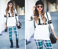 Daniela Ramirez - Arizona Sweater, Arizona Plaid Leggings - Ridiculously you...