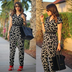 Laura Reynoso - Céline Bag, Zara Heels, Prada Sunglasses, Little Mistress Uk Romper - Romper