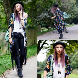 Agata P - Oasap Long Kimono, Blackfive Feathers Necklace - No Dream Is Too Big