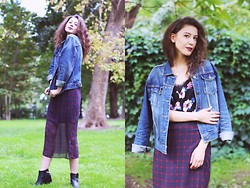 Irina T. - Forever 21 Denim Jacket, Zara Dress, Vagabond Chelsea Boots - Dark Side