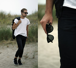 Ward M - Dick Moby Amsterdam Sunglasses, Zara Black Jeans, Leather Jacket, Nike Free, Tommy Hilfiger Watch - G'bye Summer