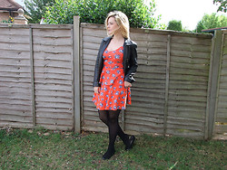 Courtney Melville - Jacket, New Look Top, New Look Skirt, New Look Flat Shoes - Shake it off