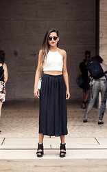 Raquel Paiva - Nasty Gal Pants, Nasty Gal Crop Top - New York Fashion Week Outfit
