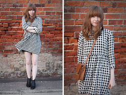 Rebekah D - Topshop Dress, Romwe Bag, Topshop Boots - OOTD: Checked Smock