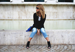 Nati Drencseva - G Star Raw Coat, Zara Heels, G Star Raw Jeans, Parfois Bag - Basics