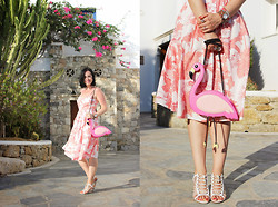 Elisa Cesarini - Zara Dress, Moschino Bag, Giuseppe Zanotti Sandals - Pink Flamingo