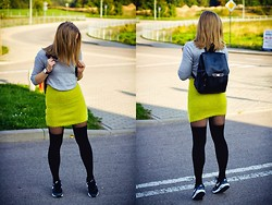 Gabriela Karbowska - New Look Backpack, New Look Sweater, Nike Air Max 1 - Grey & neon