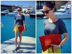 Melina Vou - Forever 21 Grey Tee, Diy Suede Day Clutch, Loafers - The Marina