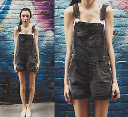 Brooke R. - Bdg Corduroy Overalls, Forever 21 Cropped Tank Top, American Apparel Lattice Jelly Sandal - Maybe I'm wasting my young years