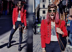 Natalia Homolova - Nibshop Sunglasses, Nibshop Necklaces, Primark Jacket, The Huge London Tee, Stella Mccartney Bag, Topshop Jeans, Topshop Shoes - Show that TONGUE