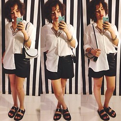 Pippi F. - Zara Shirt, Zara Leather Shorts, Zara Sandals - Achtung baby.