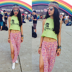 Roshini Daswani -  - Tomorrowland Pre-Gathering Look