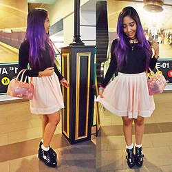 Jijie J - Bonita Pink Jelly, Factorie Black L/S Crop Top, H&M Black Shoes - P-B-Jelly