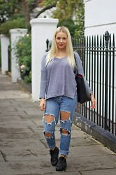 Joanne Christina Lewis - Zara Stripe Tee, Zara Leather Shopper, Boohoo Boyfriend Jeans, Nike Air Max - STRIPES AND NIKES