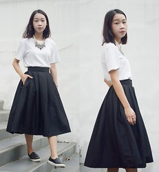 Faith Png - Oasap Pearl Statement Necklace, Cos White Mens Tee, Black Midi Skirt, Topshop Sneakers - Zebra