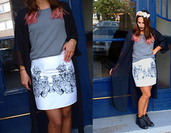 Andreina Andreina - Topshop Shirt, Selfmade Print Skirt, H&M Cardigan - End of Summer