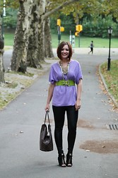 Monika S - Ralph Lauren Top, Marshalls Leggings, Burberry Belt - Blogger Picnic // NYC