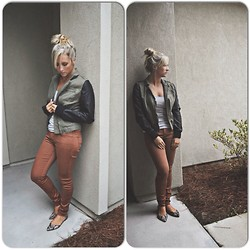 Jennifer Therese - Pacsun Leather Sleeve Jacket, Pacsun Bullhead Denim, Old Navy Snakeskin D'orsay Flats - That Fall Feeling.