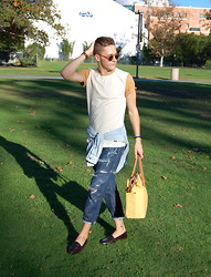 Wylie Fresne - Ambig T Shirt, Katin Shirt, Diy Jeans, Giorgio Brutini Shoes, Mrkt Bag, Daniel Wellington Watch - College Stroll