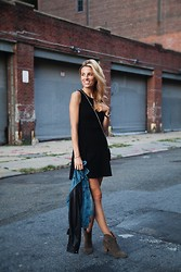 Lisa DiCicco Cahue -  - LBD IN NYC