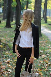 Arina Zabelina - Lime Black Blazers, Mohito White, Zolla Black Pants - School look