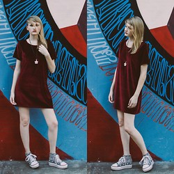 Dayeanne Hutton - Purrrla Dress, Bdg Platforms - City of Angels