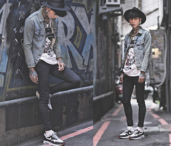 IVAN Chang - Uk Custom Plugs Dead Man T Shirt, Levi's® Vintage Jacket, Topman Black Skinny Jeans, Nike Air Max 1 City London - 011014 TODAY STYLE