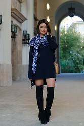 Cristina Feather - H&M Sweater, Zara Scarf - THE CONSCIOUS DENIM LOVER