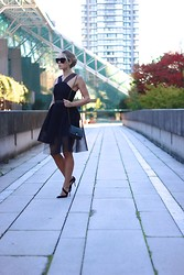 Cara McLeay - Self Portrait Dress - Black out.