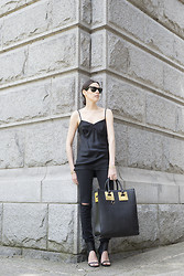 Melissa Araujo - Tibi Silk Camisole, J Brand Skinny Jeans, Sophie Hulme Tote Bag, Shoe Dazzle Hells - All Black & Hints of Gold