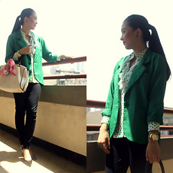 Nadine Julian - Tommy Hilfiger Gold Watch, Giordano Black Pants, Parfois Dr's Bag, Tailored Green Blazer - Where Are We Headed?