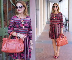 Vale ♥ - Blackfive Ethnic Print Dress, Balenciaga City Bag - Warm & Spicy