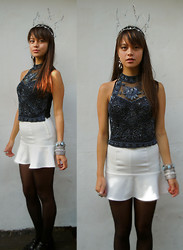 Izabella Mae - Topshop Top, H&M Peplum Skirt - Urban Princess