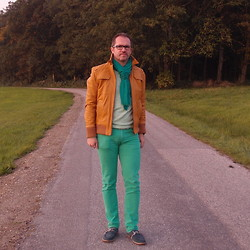 Nikolaus H - New Yorker Green Pants, Beige Leather Jacket, Esprit Green Scarf, New Yorker Green Sweater - The green pants