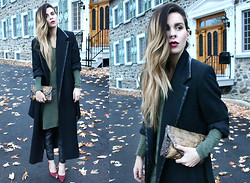 Katia Nikolajew - Bewolf Clothing Clutch - All about long & luxurious...