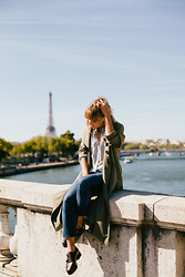 Astrid Sp4nk Blog - Urban Outfitters Trench, Smartset Stripes Shirt, Cheap Monday Denim Pants, Surface To Air Creepers - Parisian