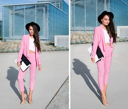 Mirella Szymoniak - Choies Suit, Blackfive Nag, Blackfive Top - Think p!nk
