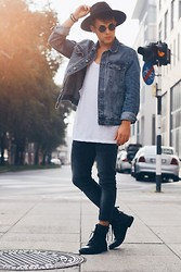 Kevin Elezaj - Bershka Boots, Forever 21 Jeans, Zara Tank Top, Zara Jacket, Giant Vintage Glasses, H&M Hat - The London Boy