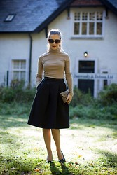 Agata Solak - Redherring Shoes, H&M Midi Skirt, Zara Bag, Primark Turtleneck, River Island Sunglasses - Summer is gone