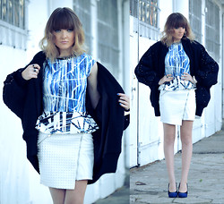 EWELYN D. - Zara Blouse, Mohito Skirt, Christian Louboutin Shoes - Falling into the blue mood