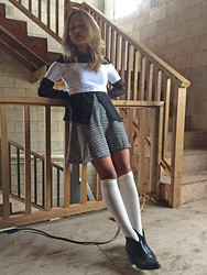 Moxia Moon - American Apparel Cropped Top, American Apparel Houndstooth Circle Skirt, Forever 21 Black Boots - Monica the Clueless